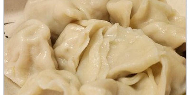 【府城漫步食記】4元飽滿餃子大人氣~每回台南就想吃的老口味:燕喃水餃