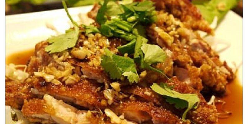 【台中散策食記】真正平價泰美味~酸辣夠勁好過癮:泰國麵王泰式料理