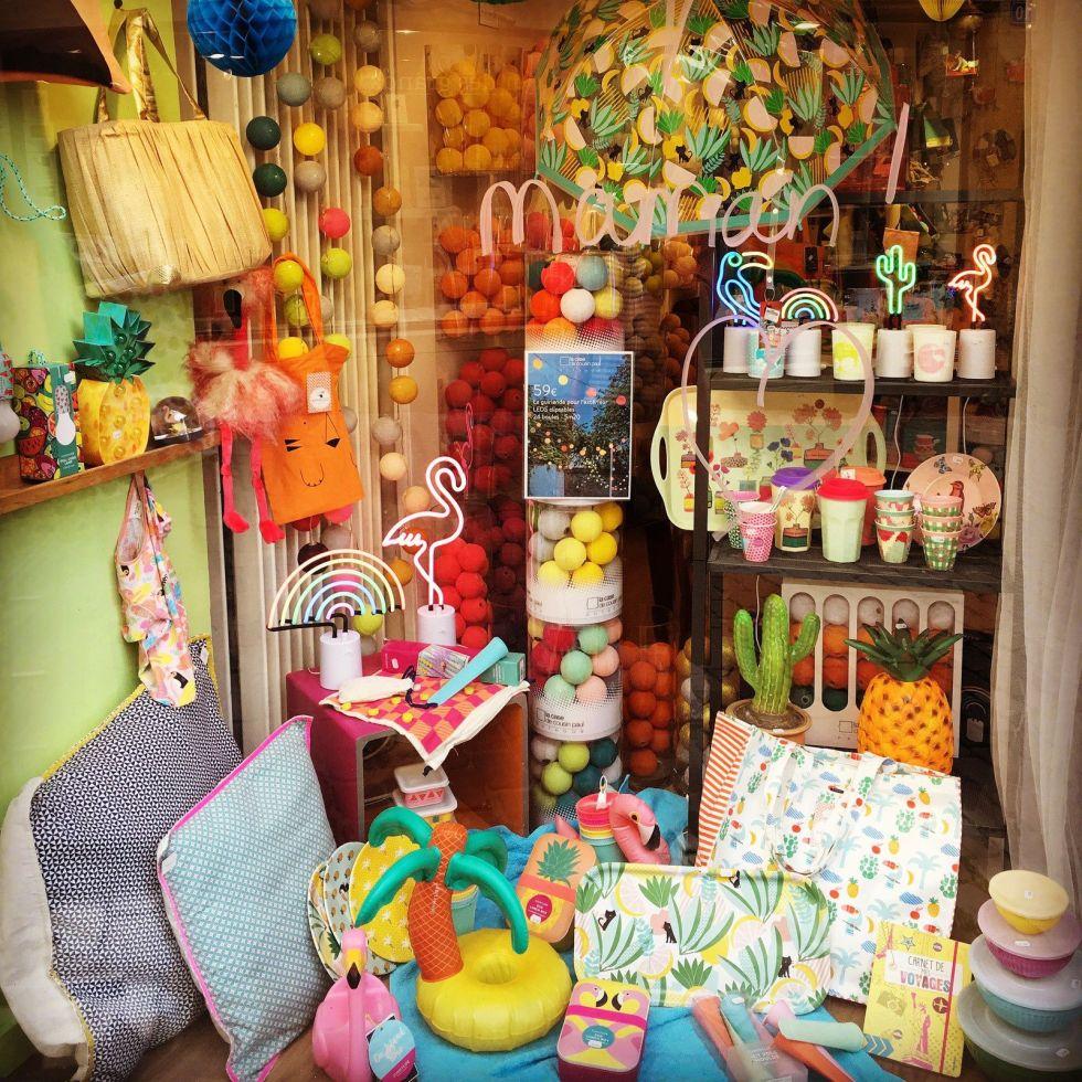 Cet été, du soleil pour la fête des mères! Et plein d'idées cadeaux: sacs, lampes, vaisselle, bougies... venez vite en profiter!