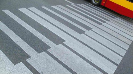 Chopin Crossing : Street crossings in Warsaw, Poland were transformed into stretches of piano keys in celebration of Chopin's 200th birthday in 2011, a subtle yet powerful manipulation of the urban landscape.