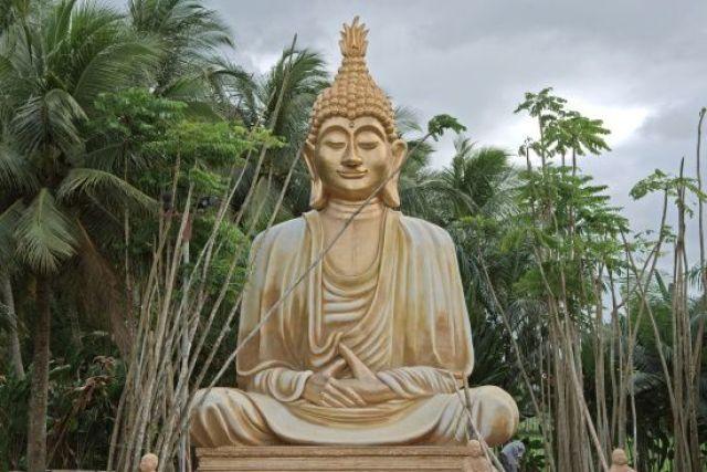 Birmanie : Le Bouddhisme Radical…