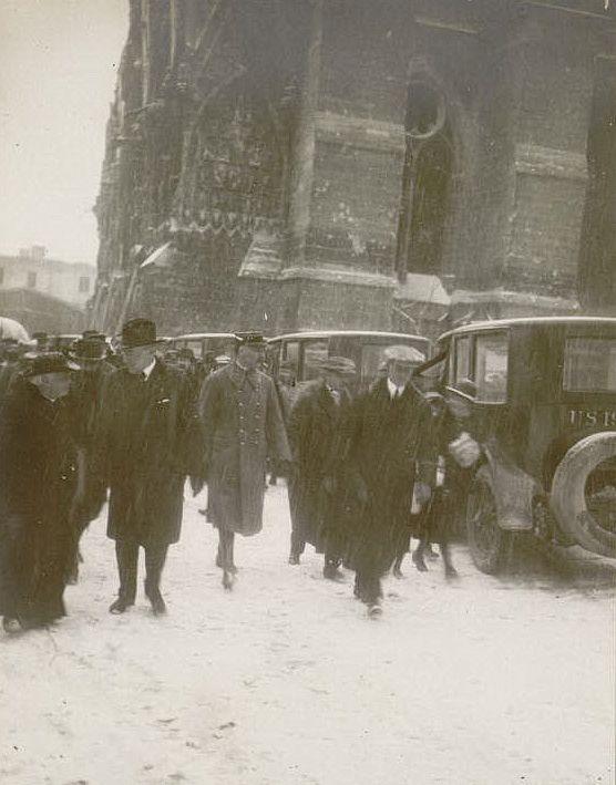 janvier 1919 : réception du Président Wilson, le maire le docteur Langlet, Monseigneur le Cardinal Luçon