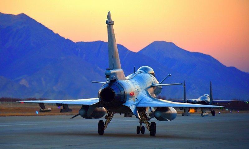 """Un journal militaire chinois met en garde : """"La guerre n'est pas loin"""" (Zero Hedge)"""