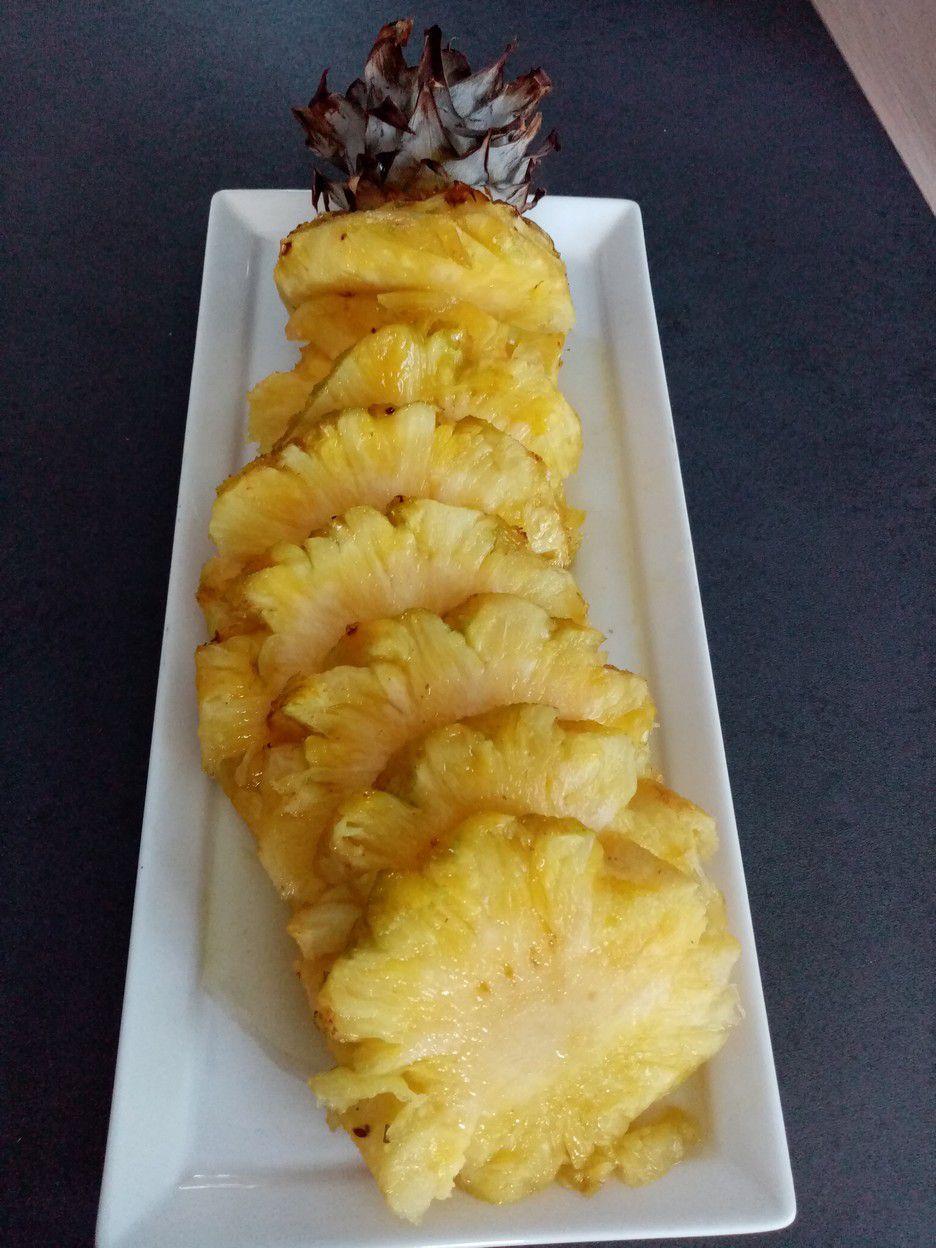 ananas confit au four de cyril lignac
