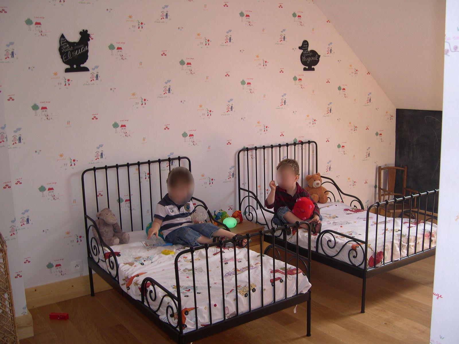 Lit évolutif Enfant Ikea Minnen Noir Pour Mes Jumeaux
