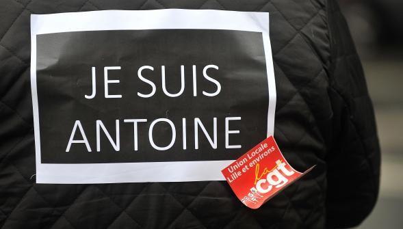 Antoine reste en prison!
