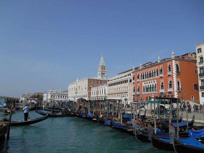 Le campanile de la place San Marco.