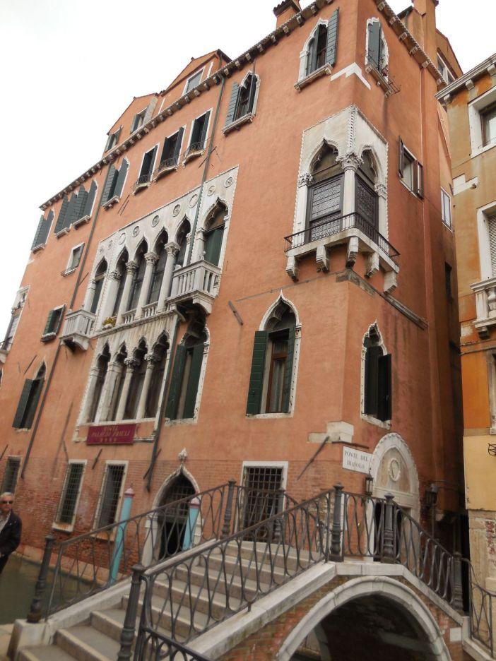 Ponte del Diavolo situé à proximité de la Place San Marco.