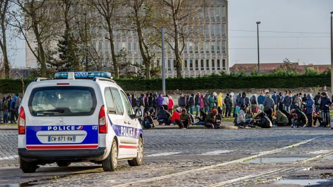 France: Calais, émeutes des migrants! plus de 2300...
