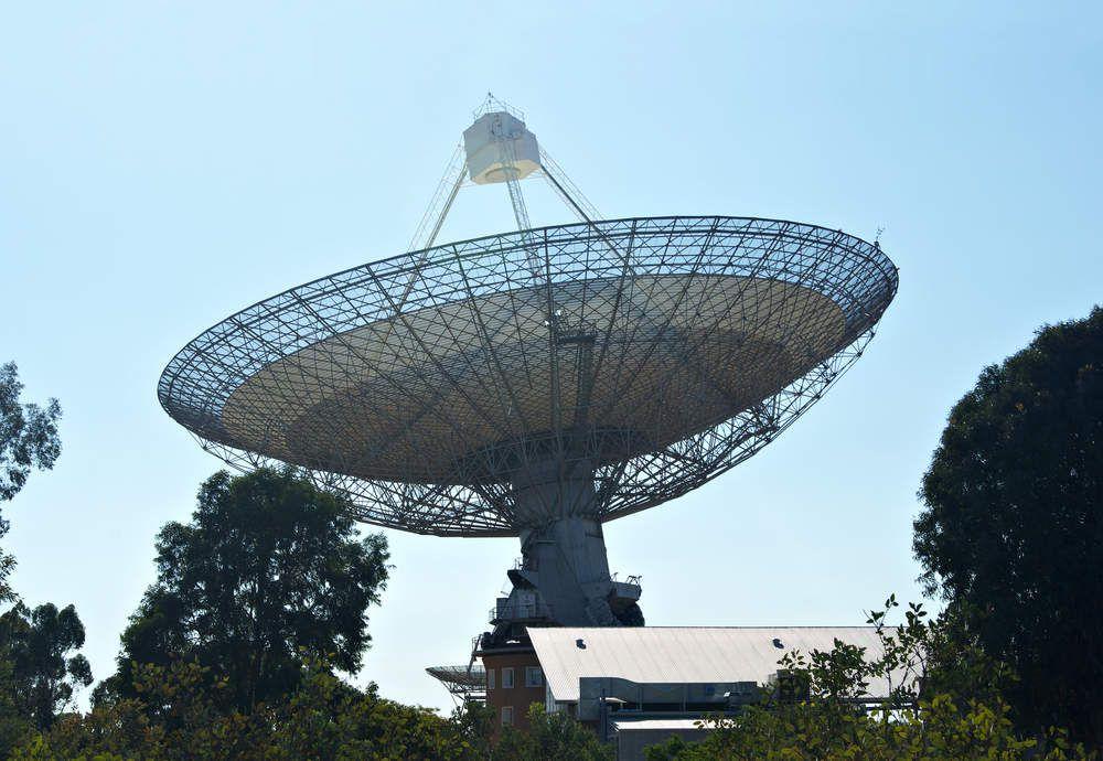 Un mystérieux signal radio venu de l'espace, capté en direct pour la première fois !
