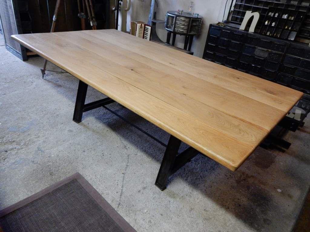 TABLE INDUSTRIELLE 220 CM X 120 CM PIEDS EN ACIER