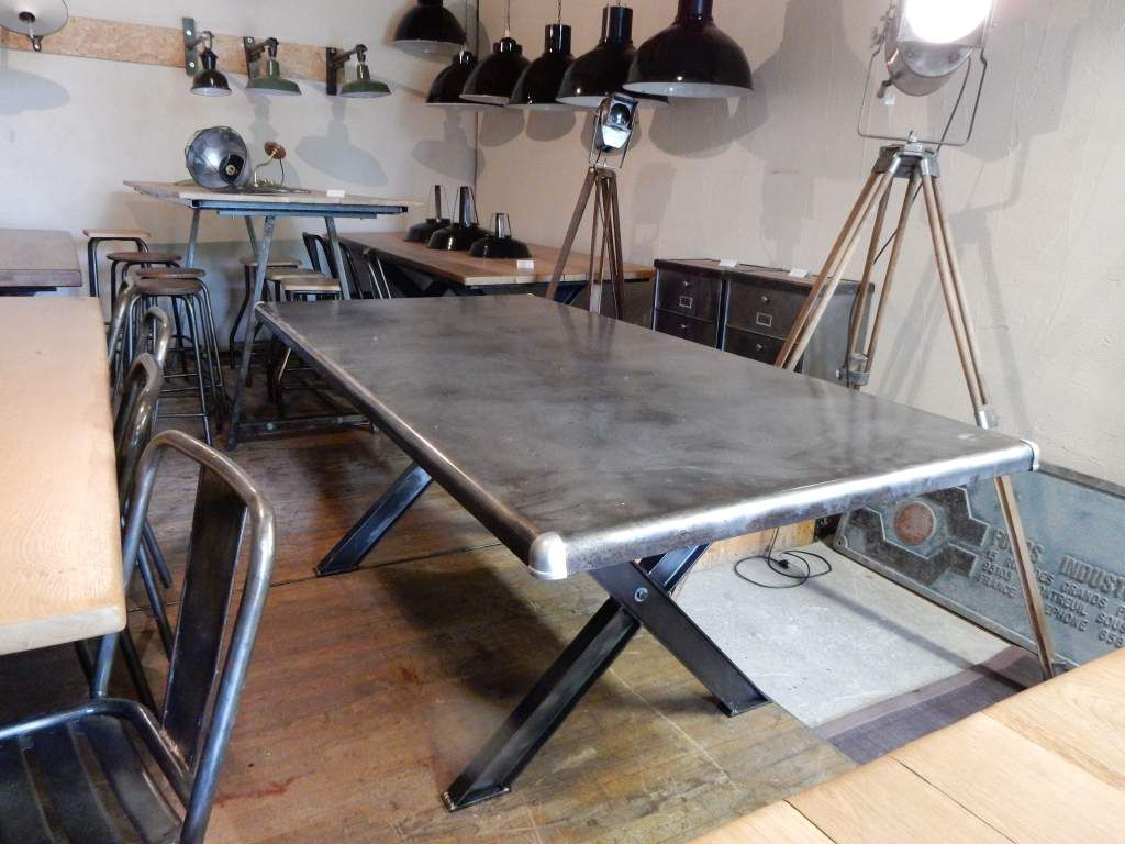 TABLE INDUSTRIELLE MTAL PIEDS EN CROIX GEONANCY