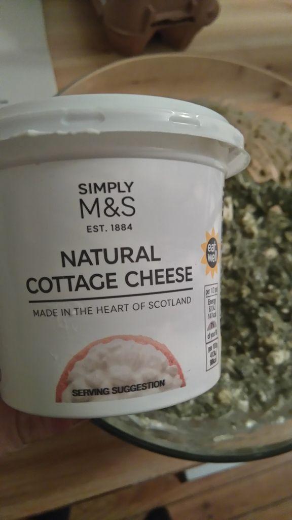 Quiche sans pâte au quinoa, épinards et cottage cheese