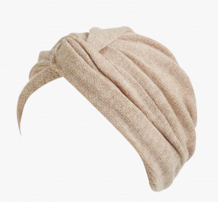 Turban maille pailletée, Inverni, 120 euros.
