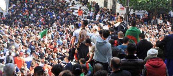 Algérie: Soulèvement populaire contre le régime, par Aler Républicain