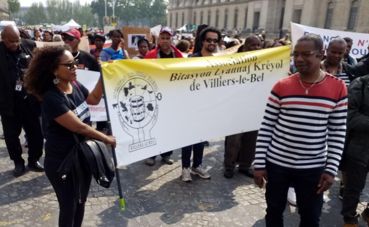 Aux victimes de l'esclavage colonial