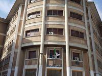 Cité des fonctionnaires, lycée El Houria (statue de Paul Belmondo), Direction départementale de la santé, Centre paramédical.
