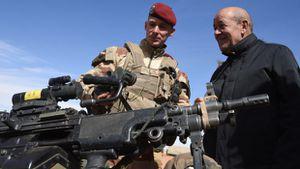 """La France pourrait intervenir en Libye """"dans les 3 mois"""" (MEE)"""