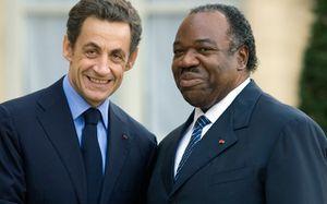 """Le """"Gaulois"""" Sarkozy aux opposants gabonais : """"Ici c'est la France, c'est pas le Gabon"""""""