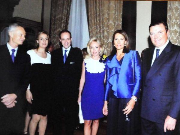 Prince Alvaro d Orleans-Bourbon, Princes Philomena et Jean d' Orléans ( Dauphin de France), Princesse Camilla Bourbon Deux Sicilie, Princesse Antonella d Orleans-Bourbon et Prince Charles Bourbon Deux Sicilie.