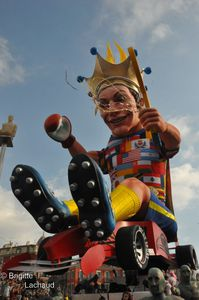 carnaval-jour-Nice-19022012-019--c-Brigitte-Lachaud-.JPG