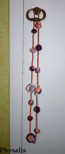 collier tissu orange violet