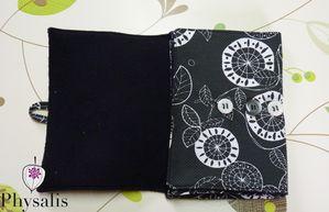 protège livre noir 3