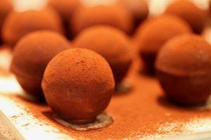 kronenschlösschen - schokoladen-blutorangen-kugel