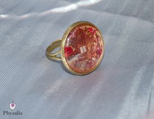 bague or marron rouge
