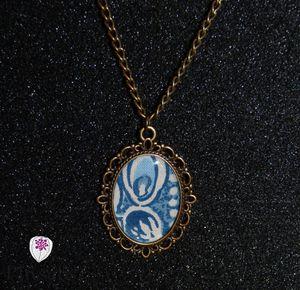 collier cabochon motif tissus bleu 2