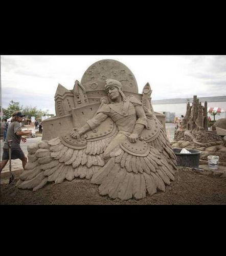 une-sculpture-intitulee-perplexe_41337_w460.jpg