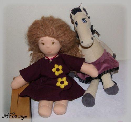 Pauline et le cheval (600 x 560)