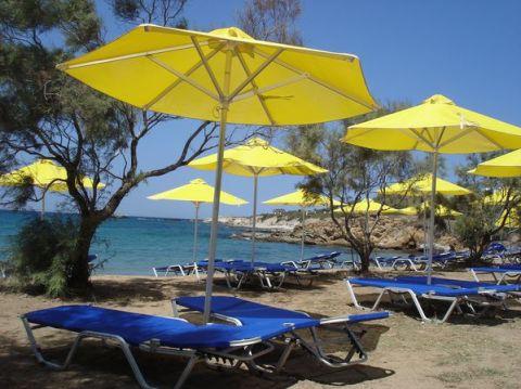 Naxos: Presqu'île de Prokopios et plage d'Agia Anna 19
