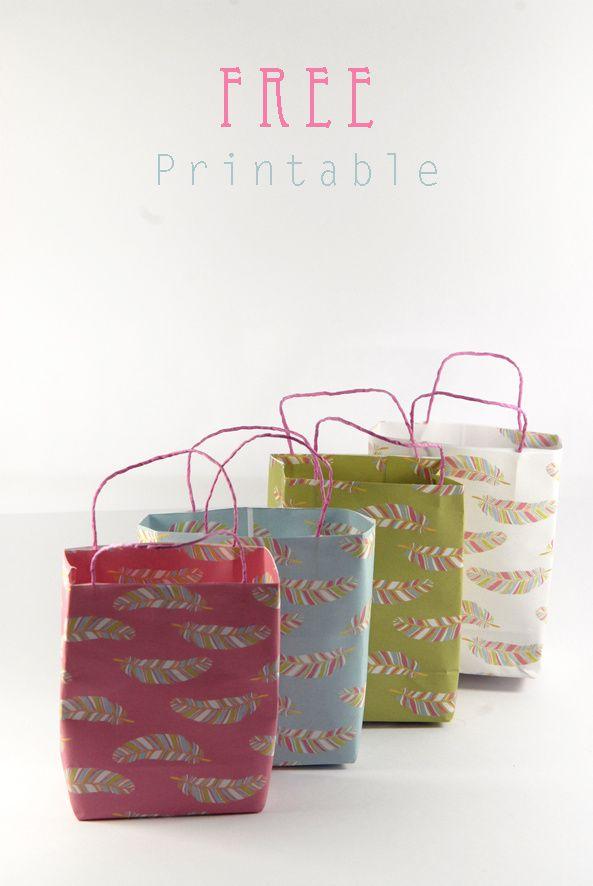 free-printable-feather-scrap-paper.jpg