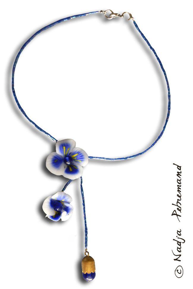 collier fleur fimo bleu