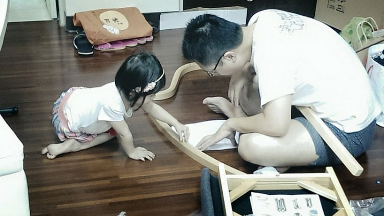 """爸爸,讓你的孩子跟""""太太""""瘋狂的愛上你!—「做家事」"""