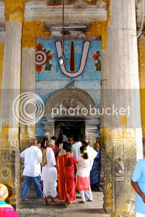 GajaLakshmi on the lintel of the doorway at the Varadaraja (Vaikuntha) Perumal Kanchipuram by Arun Shanbhag