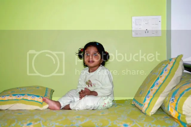 Pictures of Meera in Green, Mumbai 2010