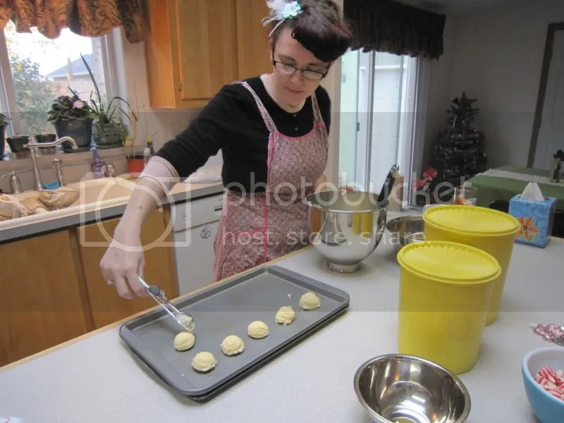 Elizabeth making cookies