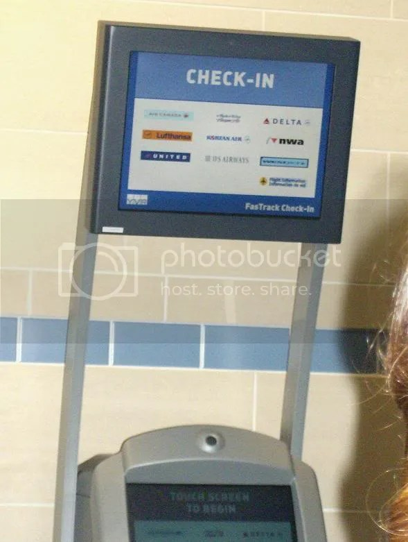FasTrack self-service check-in kiosk.