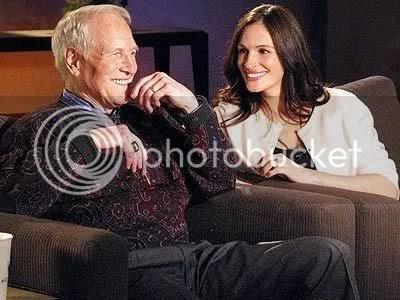 Paul Newman e a actriz Julia Roberts. Juntos trabalharam num espectáculo de benificiência para ajudar crianças desfavorecidas