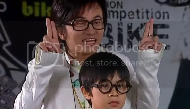 Yao Ah Ming and his son Yao Xiao Ming