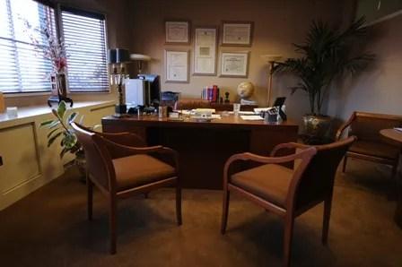 https://i1.wp.com/img.photobucket.com/albums/v20/Blackcat666x/IMVU/Ladies%20Night%20RP/doctors_office2_zpscaddb473.jpg