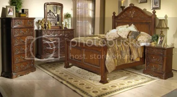 https://i1.wp.com/img.photobucket.com/albums/v20/Blackcat666x/IMVU/RS%20Riches/Classic-Wooden-Style-of-Gorgeous-Bedroom-570x312_zps0a47d5a8.jpg