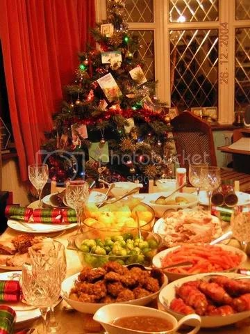 https://i1.wp.com/img.photobucket.com/albums/v208/ydho_6/London%20Xmas%202004/ResizeofChristmasDinner2.jpg