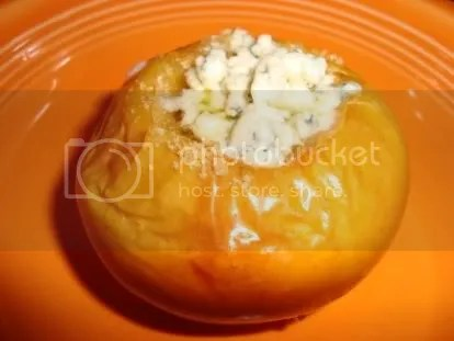 baked apple with bleu cheese