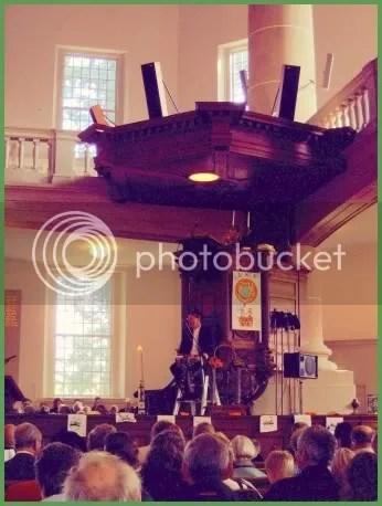 preekstoeldonkerbewerktklein.jpg picture by corryjohan