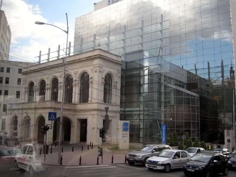 The Sofitel Hotel and its front, which replicates the old National Theater building