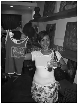 che and her pakshirt