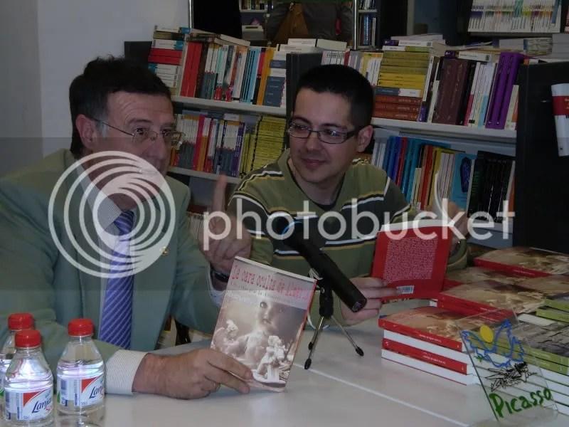 Con José Ángel Pérez, el dia de la presentación de La cara oculta de Almeria en Libreria Picasso